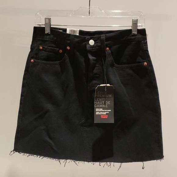 Levi's - High rise deconstructed skirt